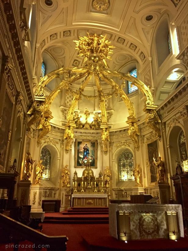 Interior Basilica Notre-Dame-de-Quebec - Old Québec City
