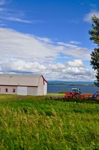 Tractors on Île d'Orleans - Québec City
